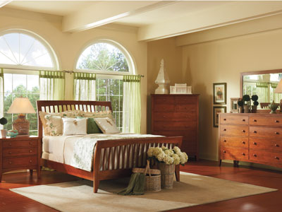 Cherry Expressions Queen Sleigh Bed